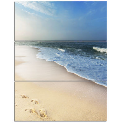 Design Art Clam Tropical Beach With Footprints Seashore Canvas Print - 3 Panels
