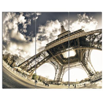 Designart Paris Eiffel Tower in Sunny Winter Morning Canvas Art Print - 3 Panels