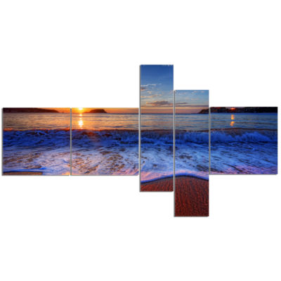 Design art Blue Waves On Sandy Beach Seashore Canvas Art Print - 5 Panels