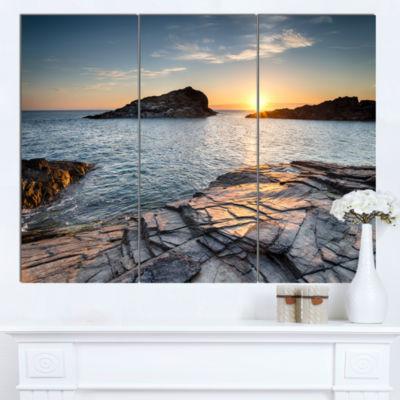 Designart Sunset Over The Cornwall Coast SeashoreCanvas Art Print - 3 Panels