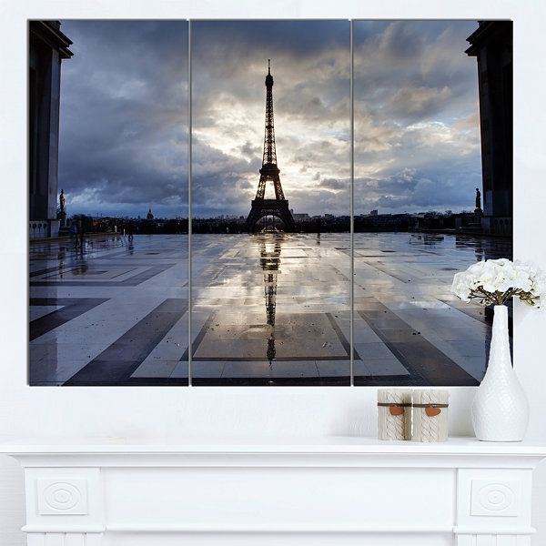 Designart Reflection Of Paris Eiffel Tower with Clouds Canvas Art Print - 3 Panels