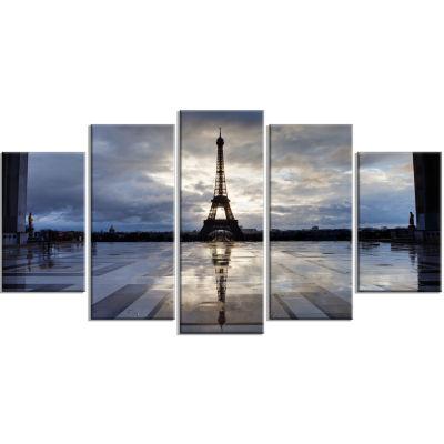 Designart Reflection Of Paris Eiffel Tower with Clouds White Canvas Art Print - 5 Panels