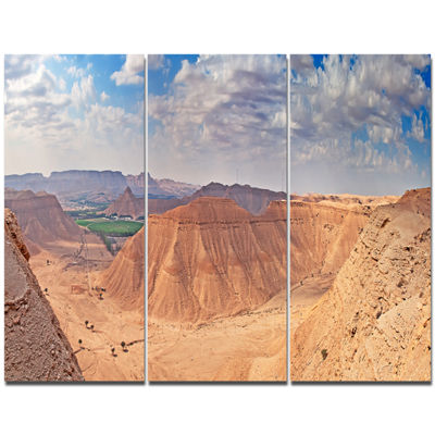 Designart Clay Rocks Around Riyadh City LandscapeCanvas Art Print - 3 Panels