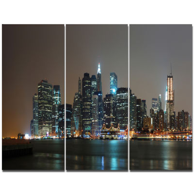 Designart Evening New York Panorama Cityscape Canvas Art Print - 3 Panels