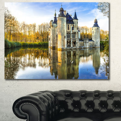 Designart Fairytale Medieval Castles Landscape Canvas Art Print - 3 Panels