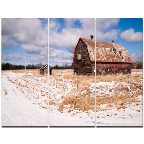 Designart Farm Field Barn Ranch Landscape Canvas Art Print - 3 Panels