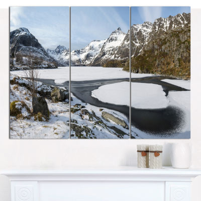 Designart Winter In Lofoten Islands Landscape WallArt Canvas - 3 Panels