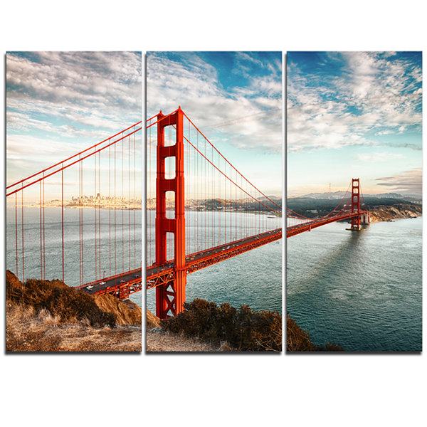 Designart Golden Gate Bridge In San Francisco Sea Bridge (PT10035) Canvas Art Print - 3 Panels