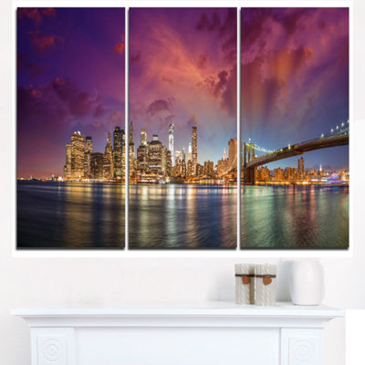 Designart New York Manhattan Skyline With Clouds Cityscape Canvas Print - 3 Panels