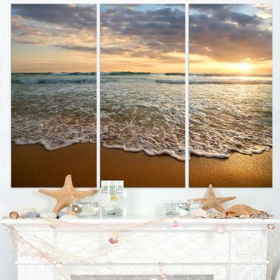 Designart Bright Cloudy Sunset In Calm Ocean Seashore Canvas Art Print - 3 Panels