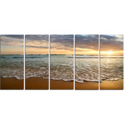Design Art Bright Cloudy Sunset In Calm Ocean Seashore Canvas Art Print - 5 Panels