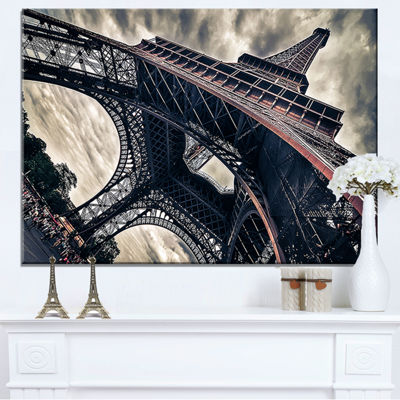 Designart Paris Eiffel Tower in Grungy Dramatic Style Cityscape Canvas Print