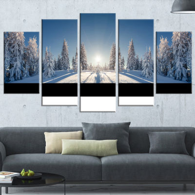 Design Art Majestic White Winter Landscape Print Wall Artwork - 5 Panels