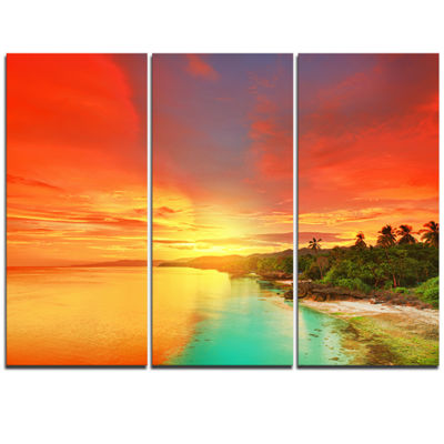 Designart Beautiful Coastline In Philippines Seascape Art Canvas - 3 Panels