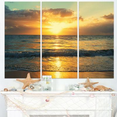 Designart Exotic Water And Sky Sunset Panorama Modern Seashore Canvas Art - 3 Panels