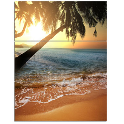 Designart Beautiful Sunset On Tropical Beach Seashore Canvas Print - 3 Panels