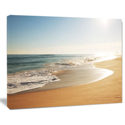 Designart Wide Seashore With Crystal Waters ModernBeach Canvas Art Print