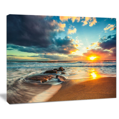 Designart Beautiful Cloudscape Over The Sea ModernBeach Canvas Art Print