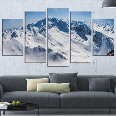 Designart Snowy Mountains Panoramic View LandscapeCanvas Art Print - 5 Panels