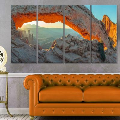 Designart Mesa Arch Canyon Lands Utah Park Landscape Canvas Art Print - 4 Panels