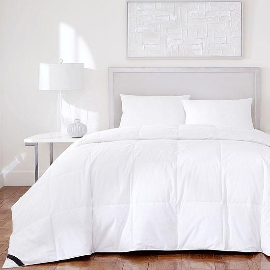 Queen Street Elegance 233 Thread Count Cotton Allergen Barrier Down Alternative Comforter