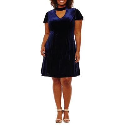 B. Darlin Short Sleeve Sheath Dress - Plus