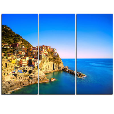 Designart Manarola Village Seashore Italy SeashoreCanvas Art - 3 Panels
