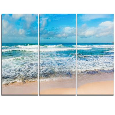 Designart Indian Ocean Panoramic View Seashore Canvas Art - 3 Panels