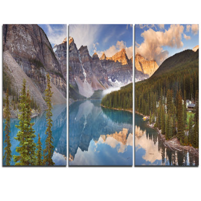 Designart Moraine Lake In Banff Park Canada Landscape Canvas Art Print - 3 Panels
