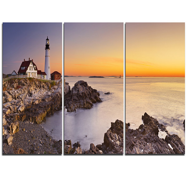Designart Portland Head Lighthouse Maine Modern Seascape Canvas Artwork - 3 Panels