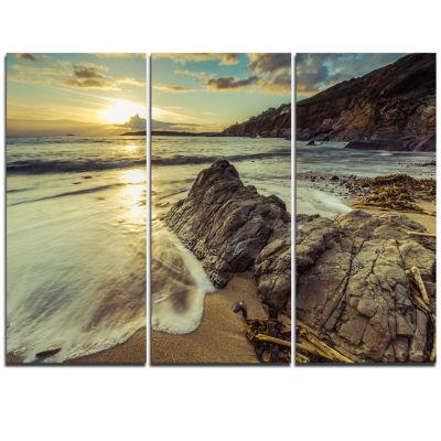 Designart Sunset At Beach Vintage Style Modern Seascape Canvas Artwork - 3 Panels