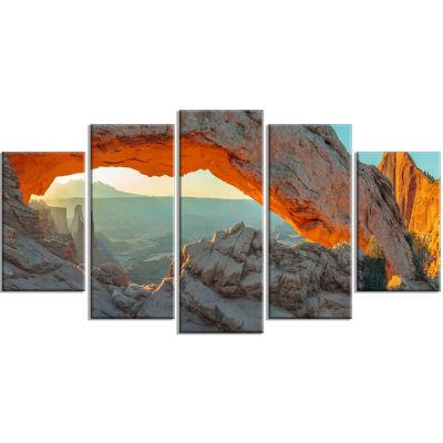 Designart Mesa Arch Canyon Lands Utah Park Landscape Canvas Art Print - 5 Panels