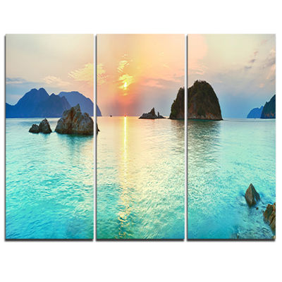 Designart Sunrise Panorama Photography Canvas ArtPrint - 3 Panels