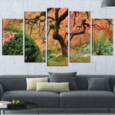 Designart Old Japanese Maple Tree Landscape Photography Canvas Art Print - 5 Panels