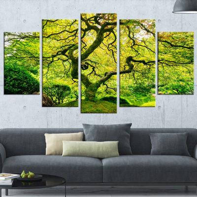Designart Amazing Green Tree Photography Canvas Art Print - 5 Panels