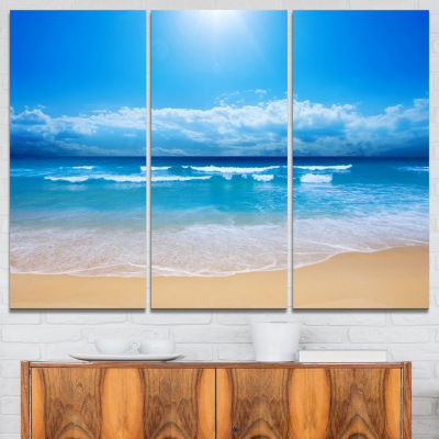 Designart Paradise Beach Seascape Photography Canvas Art Print - 3 Panels