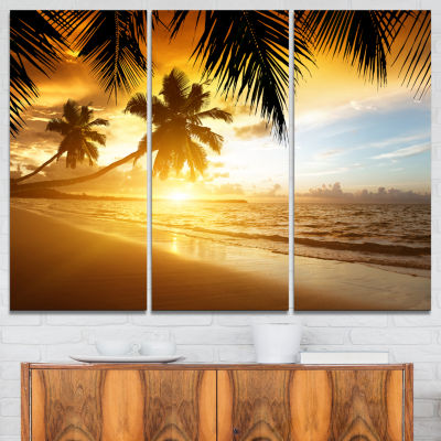 Designart Sunset Over Caribbean Sea Photography Canvas Art Print - 3 Panels