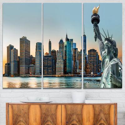 Designart New York City Skyline Panorama Photography Canvas Art Print - 3 Panels