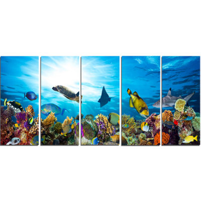 Designart Colorful Coral Reef With Fishes SeascapeCanvas Art Print - 5 Panels