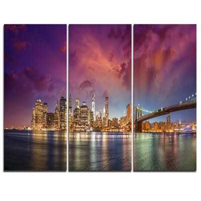 Designart New York City Manhattan Skyline Red Cityscape Photo Canvas Print - 3 Panels