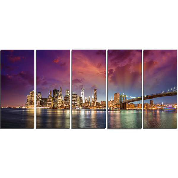 Designart New York City Manhattan Skyline Red Cityscape Photo Canvas Print - 5 Panels
