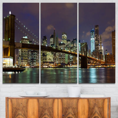 Designart Brooklyn Bridge Panoramic View CityscapePhoto Canvas Print - 3 Panels