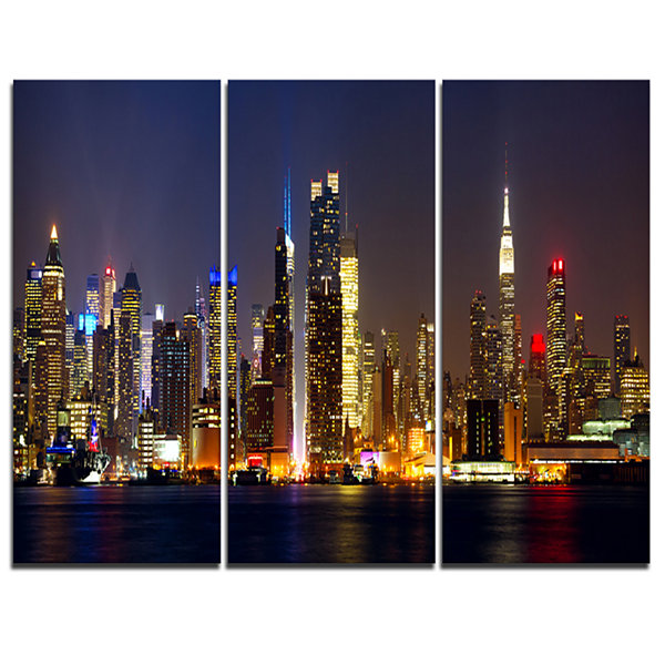 Designart New York Skyline At Night Cityscape Photo Canvas Print - 3 Panels