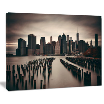 Designart Manhattan Financial District Cityscape Photo Canvas Print