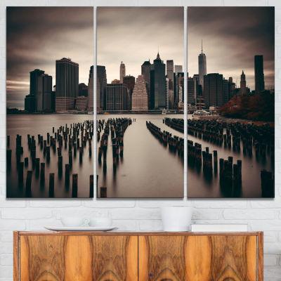 Designart Manhattan Financial District CityscapePhoto Canvas Print - 3 Panels