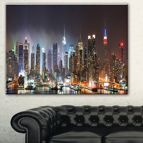 Designart Lit NYC Manhattan Skyline Cityscape Photo Canvas Print