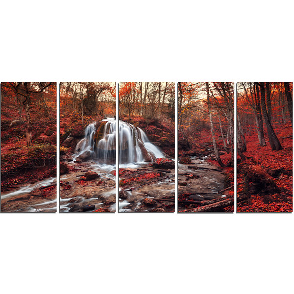 Designart Silver Stream Waterfall Close Up Landscape Photography Canvas Print - 5 Panels