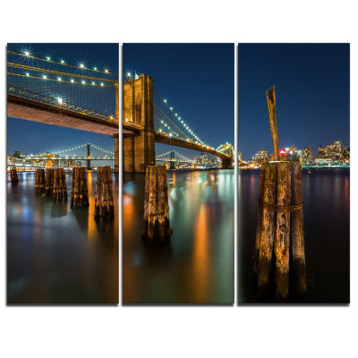 Designart Lit Up Brooklyn Bridge By Night Cityscape Photo Canvas Print - 3 Panels