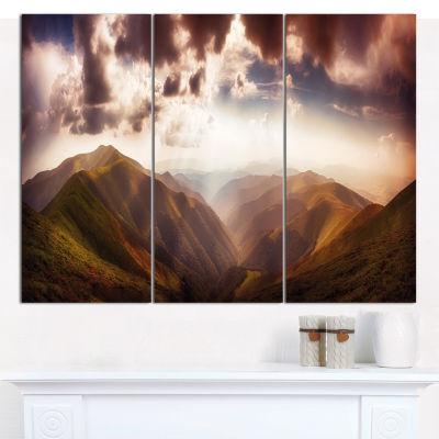 Designart Polonina Borzava Panorama Landscape Canvas Art Print - 3 Panels