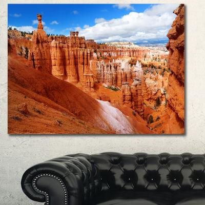 Designart Sandstone Hoodoos In Bryce Canyon Landscape Canvas Art Print